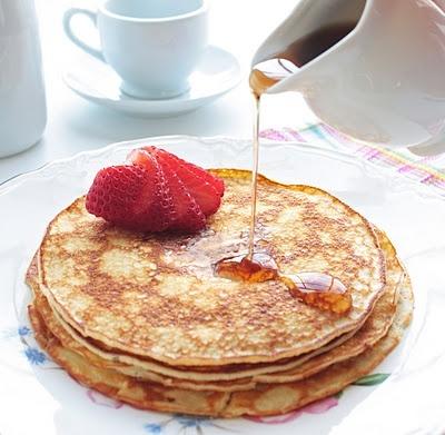01 - yum!!!! http://bit.ly/Hrrxl3  UN DELICIOSO PANQUEKE
